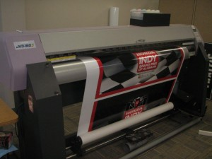 Vinyl graphics and banner graphics printer
